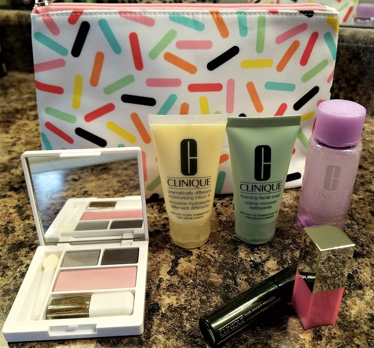 50 With Flair, Clinique Skincare Set Bonus Gift