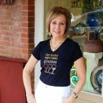 Travelling Blue Ridge Georgia, Over 50 Fashion, 50 With Flair, Wine Glass T-shirt, White Jeans, Gold Jewelry