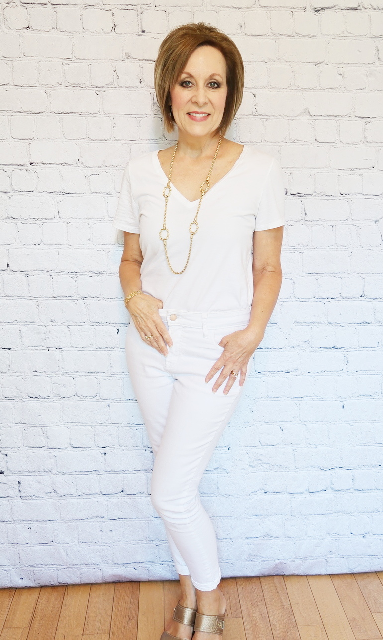 50 With Flair, Over 50 Style, White Monochromatic Outfit, White Jeans, White T-shirt, White Cardigan, Gold Accessories, Gold Shoes